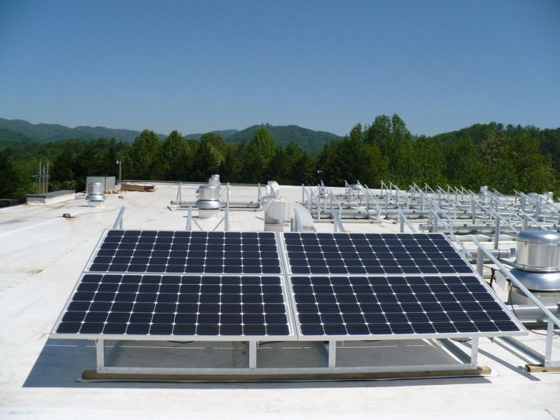 Solarnomics 4 Panel Solar Panel Array Roof Ballast System