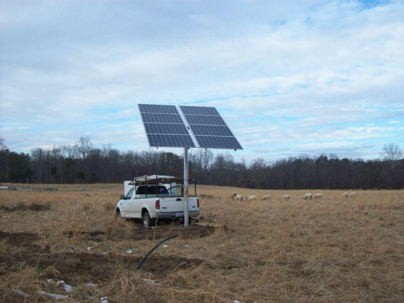Solarnomics 8 Panel Free Standing Single Pole Mount 2kw