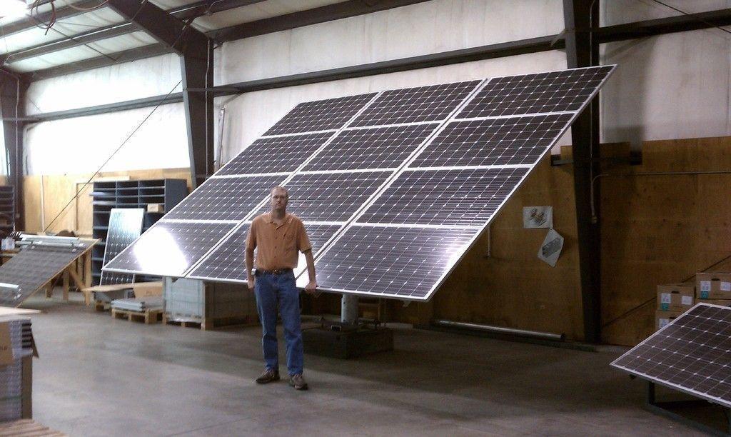 Solarnomics 12 Panel Free Standing Single Pole Mount 3kw